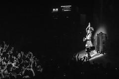 Sep7imo Dia - Cirque du Soleil (martinba.ph) Tags: lunapark night acrobatas nikkor135mm crowd gustavocerati people clown cerati cirque sep7imodia martinbaph artistic recital lights sony sptimodia dancers rock sodastereo event art show instagood cirquedusoleil music a6000 luces pasion publico q nikkorq 135mm nikkonrq135mmnonai nikkorq135mmnonai sonya6000 martinba