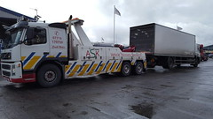 Volvo FH12 Rear Suspend Towing 18 Ton Rigid (JAMES2039) Tags: volvo fm12 tow towtruck truck lorry wrecker heavy underlift heavyunderlift 6wheeler 4wheeler rear rearsuspend daf 55 75 ca02tow cardiff rescue breakdown ask askrecovery recovery