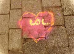Je vous aime mes amis de Flickr - I love you all my Flickr's friends (p.franche malade - sick) Tags: schaerbeek schaarbeek bruxelles brussel brussels belgium belgique belgïe europe pfranche pascalfranche panasonic fz200 hdr dxo flickrelite heart coeur streetart artdelarue craie street rue