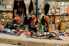 Sa Pa (rosaliliana) Tags: vietnam miao handicrafts sapa hmong artesana laocai reddao hmongpeople reddaopeople