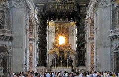 Bernini, Baldacchino, view with crowd