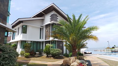 INFINITY HOTEL,PUERTO GALERA (People,Places & things I like..) Tags: vacation holiday beach asian hotel nice perfect asia quality philippines over clean stop views filipino rest hotels filipina oriental expensive puertogalera stopover infinityhotel