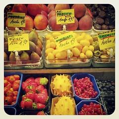 Frankfurt #germany wannago #market #streetmarket #sgcom... (arakiboc) Tags: germany market frankfurt streetmarket sgcom igersfirenze igerstoscana uploaded:by=flickstagram instagram:venue=70070 instagram:photo=61517990245101597816780855 instagram:venuename=frankfurtammain