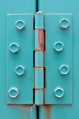 Una bisagra verde (emmanuel orbe) Tags: abstract color verde green industrial pattern steel minimalism abstracto