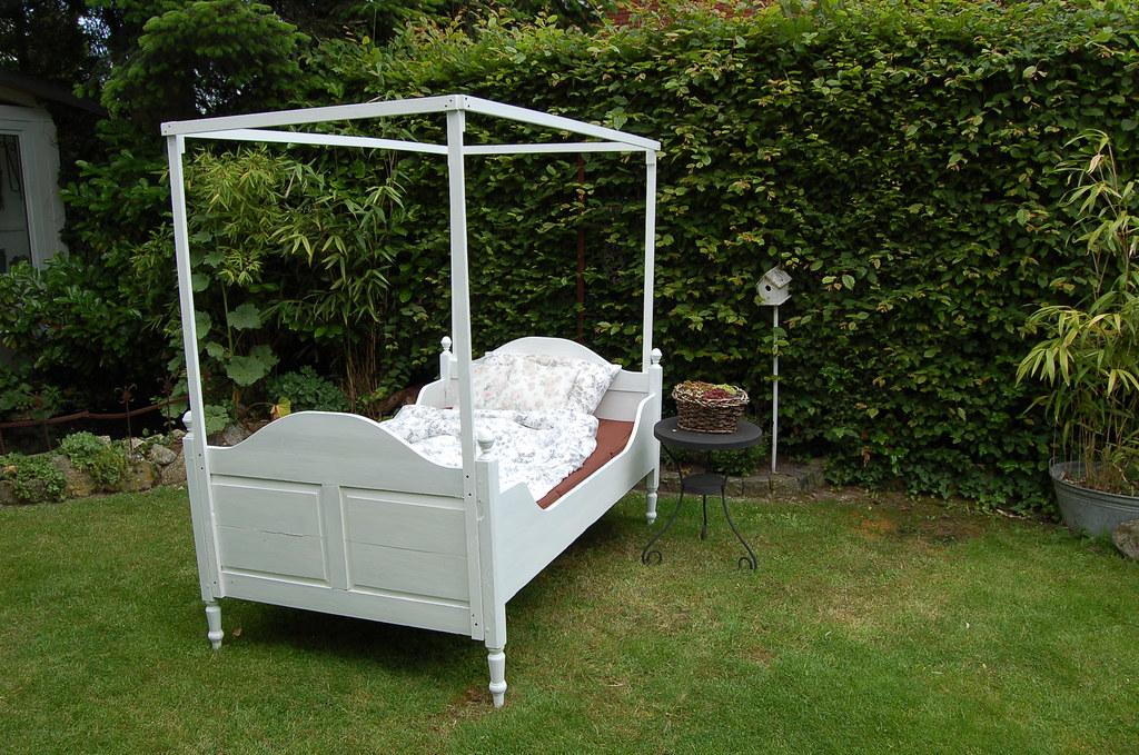 shabby chic bettgestell bett bettgestell geschnitztes. Black Bedroom Furniture Sets. Home Design Ideas