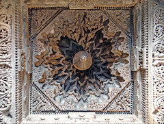 Le temple de Chennakesava (Somanathapura, Inde) (dalbera) Tags: india hinduism somnathpur inde hindouisme hoysala kesava chennakesava somanathapura dalbera