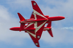 Fly by. (PIX SW) Tags: redarrows cosford cosfordairshow