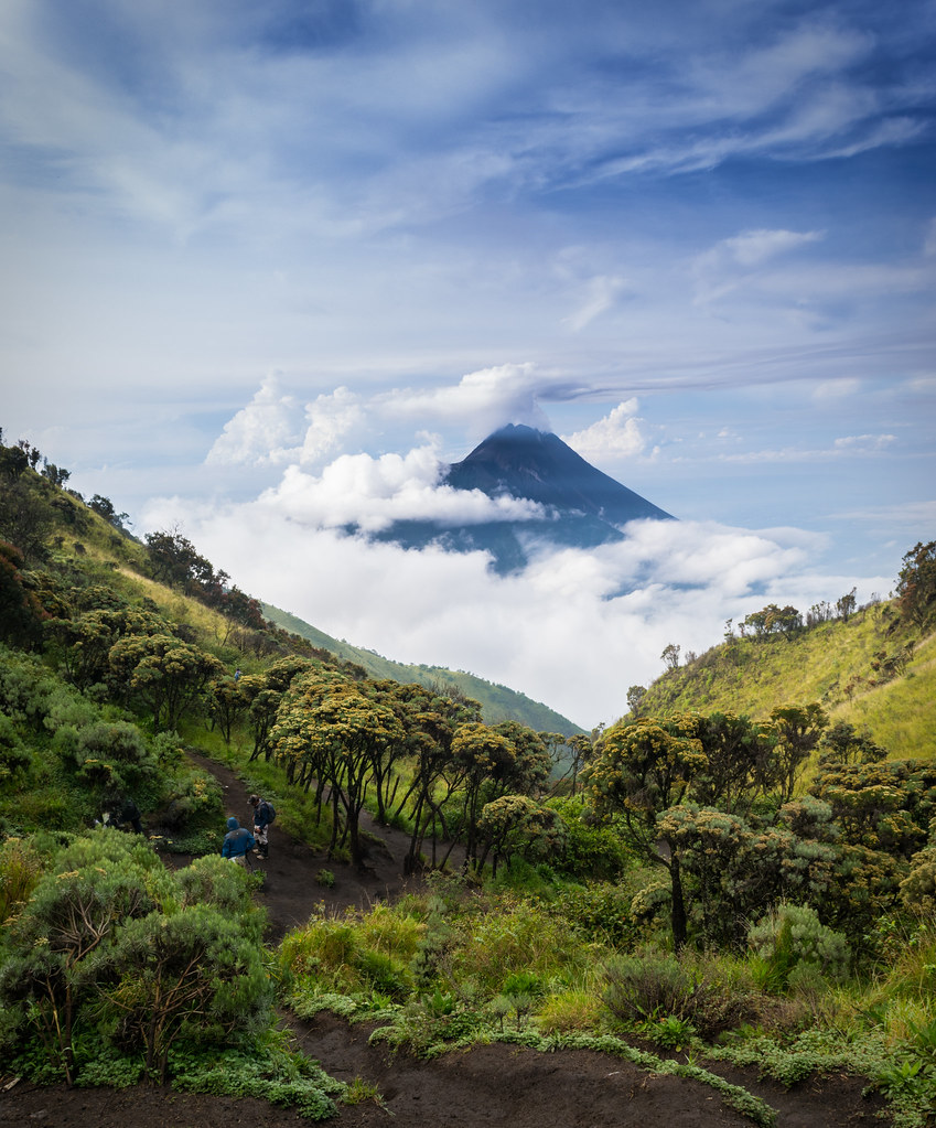 spring mount hindu dating site Mount meru mount meru, in hindu mythology,  an irish writing system dating from the 4th  it was also the name of a pilgrimage site in the lurín valley.