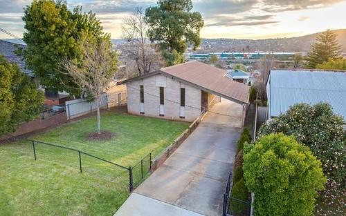 609 Beaumont Crescent, East Albury NSW