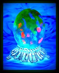 squid (milomingo) Tags: easter egg easteregg multicolored colorful artsyfartsy decoration festive holiday frame photoborder vivid bold bright vibrant organic creative coloredegg abstract organicart dye painted oval ovaloid hardboiledegg cmwd cmwdblue green pink red blue