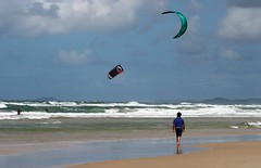 Kitesurfers (bri77uk) Tags: kitesurfing kitesurfer beach