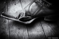 A Hole in the Shoe (stef demeester (catching up)) Tags: stefdemeester bw monochrome blackandwhite x70 fujifilmx70 shoe hole boots footnaarflickr