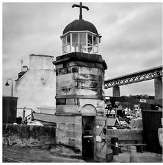 Lighthouse, North Queensferry (wwshack) Tags: aberdour burntisland dalgettybay fife fifecoastalpath firthofforth inverkeithing lighthouse northqueensferry scotland stevenson longdistancefootpath walk walking