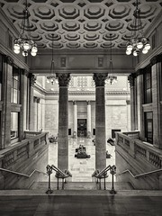 Station (ancientlives) Tags: chicago illinois usa travel unionstation trains railway history streetphotography architecture interior design sepia mono monochrome saturday april 2017 spring amtrak station classic building