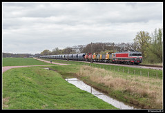 CT 1618 + DBC 6493 + 6402 + 6404 - 47614 (Spoorpunt.nl) Tags: 8 april 2017 captrain 1618 db cargo rail polska polen 6493 6402 6404 47614 transport locomotief overbrenging zenderen