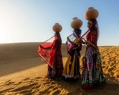 Fountain of Life (Rajasthan, India 2015) (Alex Stoen) Tags: 5dmk2 alexstoen alexstoenphotography canon canoneos5dmarkii ef2470mmf28lusm geotagged india samsanddunes sunset thardesert travel vacation