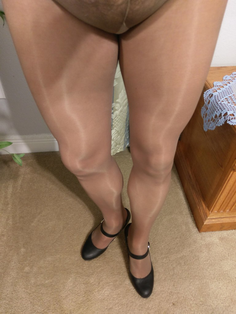 Pantyhose feet college library