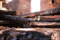 HausBrand006 (hgyx) Tags: feuer brand zerstörung erkalten spuren
