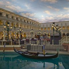 Venetian hotel (Julio López Saguar) Tags: juliolópezsaguar lasvegas nevada usa unitedstates estadosunidos casino hotel venetian interior inside indoor góndola canal channel