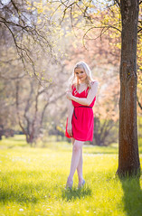 (Trk Rozlia) Tags: portrait woman nature girl beauty fashion canon model dress legs outdoor blonde termszet modell f28 divat ruha 70200mm szke portr ln