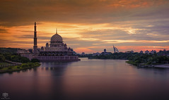 Happy Friday (SΘMΣ 1 ΣŁSΣ™) Tags: sunset lake landscape mosque malaysia dome putrajaya putrajayamosque