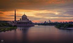 Happy Friday (SM 1 S) Tags: sunset lake landscape mosque malaysia dome putrajaya putrajayamosque