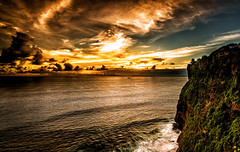 The last rays! (Santo(Thanks for 2 Million++views!!)) Tags: sunset sea sky bali cliff nature clouds indonesia landscape temple waves shadows dusk