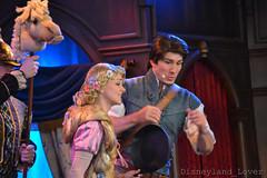 Royal Theatre (Disneyland_lover) Tags: nikon disneyland disney rapunzel tangled disneycastmembers royaltheatre disneyshow disneyphotography disneyperformers nikond3100
