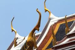 (marcwiz2012) Tags: roof detail thailand temple gold golden leaf asia bangkok buddha buddhist wat emerald watphrakaew templeoftheemeraldbuddha phrakaew chofah