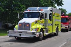 Town of Oshkosh Fire Department Rescue 25 (Triborough) Tags: rescue wisconsin firetruck pierce fireengine wi kenworth algoma winnebagocounty tofd rescue25 townofoshkoshfiredepartment