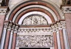 Lucca, Duomo San Martino, Atrium, linkes Portal (St. Martin's Cathedral, L.H. portal) (HEN-Magonza) Tags: italien italy italia cathedral lucca tuscany toscana atrium toskana stmartinscathedral duomosanmartino domstmartin domsanktmartin nicolopisano
