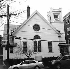 CiroflexFranklinStCamb (JFB119) Tags: urban blackandwhite bw tlr church boston ilfordxp2super franklinst twinlensreflex cambridgeport ciroflex outdatedfilm