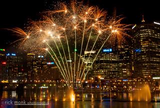 Vivid Sydney | 2014 | Darling Harbour - Vivid Aquatique Water Theatre and Fireworks 3549