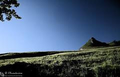 Atmosfere che preludono... (EmozionInUnClick - l'Avventuriero's photos) Tags: luci prato sibilla sibillini