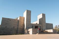 Moon Over Australian War Memorial (irierootsini) Tags: monument architecture nikon australia canberra d800 australianwarmemorial
