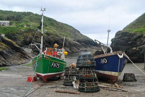 england cornwall fishingboats portloe crabandlobsterpots