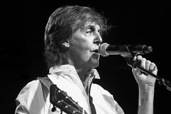 paul_mc cartney_rocks_pittsburgh (gerhil) Tags: summer blackwhite livemusic performance rockroll handheld 1001nights stagelighting 1001nightsmagiccity silverefexpro2 outtheretour july2014 olympusstylus1