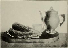 Anglų lietuvių žodynas. Žodis chicken paprika reiškia vištienos kumpelis lietuviškai.