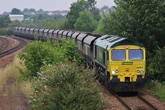 Is presentation been improved? (SlightlyReliable70 2010-2015) Tags: uk b green mike station yellow train four gm power general south yorkshire nine shed 666 rail railway trains terminal 66 class motors kingston rails british fl hull coal heavy six railways services direct haul term swn rugeley freightliner yingying swinton flhh 66416 66607 6m49 jt42cwr cl66 powerhaul emd710 new010814swintonmexborough