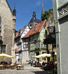 Quedlinburg, Germany (Seleusleaf) Tags: half timbered houses yellow umbrellas
