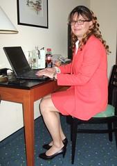 Secretary at work (Marie-Christine.TV) Tags: feminine transvestite lady mariechristine skirtsuit skirt suit businesssuit secretary sekretärin kostüm pumps tgirl tgurl tv
