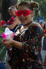 Amazing Songkran 2017 (jfantenb) Tags: squirting goggles watergun watersportswatergames amazingsongkran2017 benjasiripark bangkok songkran phromphong thailand krungthepmahanakhon th