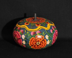 Painted Gourd Bowl Guerrero Mexico (Teyacapan) Tags: guerrero mexico nahua gourds crafts artesanias lomalapa flowers