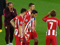 Atletico Madrid players pre match (lcfcian1) Tags: leicester city atletico madrid lcfc atleti uefa champions league football sport uk england kingpowerstadium king power stadium leicestercity atleticomadrid leicestercitystadium uefachampionsleague championsleague footballmatch antoinegriezmann koke saulniguez 11 18417 quarter final