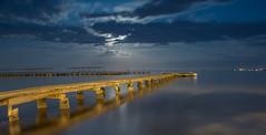 Pasarela nocturna (Photandr) Tags: pasarela nocturna murcia playa beach sea mar cielo nubes luna longexposure