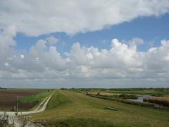2007-05-12-0009.jpg (Fotorob) Tags: dijk nederland friesland waterkeringendoorlaat wegenwaterbouwkwerken holland netherlands niederlande schiermonnikoog