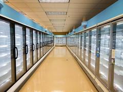 Freezer Aisle... (Nicholas Eckhart) Tags: america us usa columbus ohio oh retail stores former closed empty closing gianteagle supermarket groceries interior