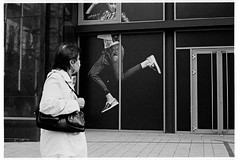 (rygielski.piotr) Tags: budapest bessa bessar3a analog summicron summicronm50 50mm street streetfoto streetphotography surreal kodak trix d76 budapeszt