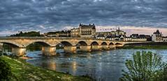 Pont du Maréchal Leclerc, Amboise (F) (Panoramyx) Tags: indreetloire pont puente ponte bridge brücke brug centrevaldeloire loire francia frança france frankreich panorama panoramica hdr francelandscapes amboise