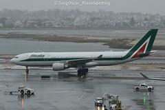 EI-EJO (thokaty) Tags: bos kbos bostonloganairport alitalia airbus a330 a332 a330200 a330202 eiejo eis2012 fco arrival